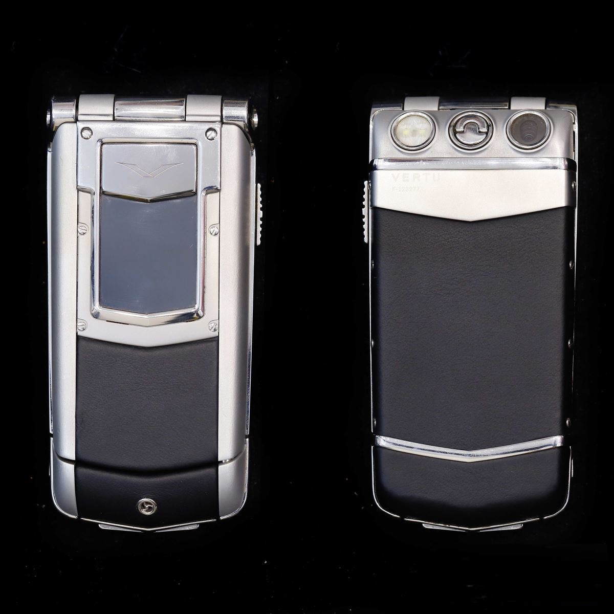 Vertu Constellation Ayxta Black Leather